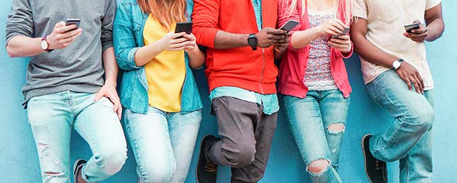 Smartphone Addiction Is Normal Need to Connect on Overdrive